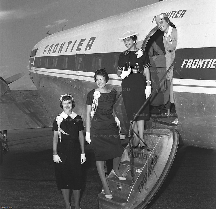 Meredith Auld, and other beauties enplaning for modeling school in Denver. Photos taken in 1959, the year Meredith Auld won the Miss South Dakota Pageant in Hot Springs, South Dakota. Meredith Auld became Meredith Auld Brokaw in 1962 when she married Tom Brokaw.