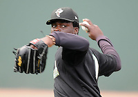 May 27, 2008: RHP Maikel Cleto (20) of the Savannah Sand Gnats, Class A affiliate of the New York Mets, prior to a game against the Greenville Drive at Fluor Field at the West End in Greenville, S.C. Photo by:  Tom Priddy/Four Seam Images