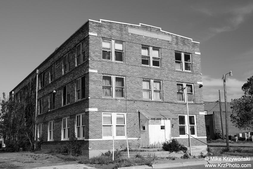 Abandoned Shamrock General Hospital Building in Shamrock, TX