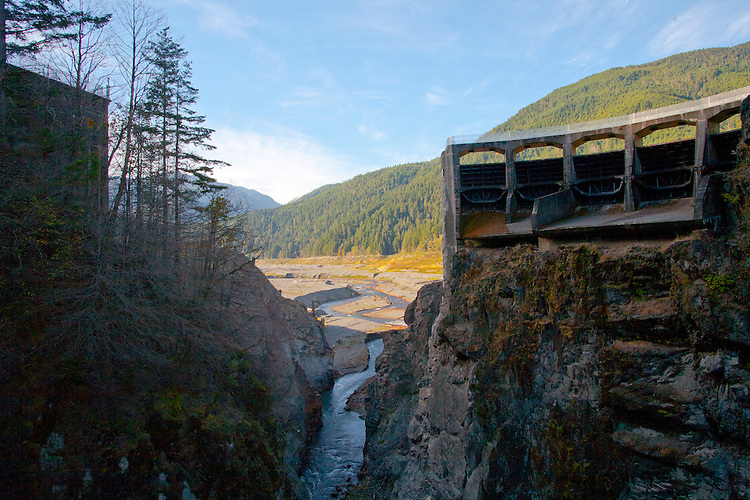 Elwha River, Glines Canyon Dam, Upper Elwha Dam removal, river now runs free to Strait of Juan de Fuca, Olympic National Park, Olympic Peninsula, Washington State, Elwha River Restoration, Salmon habitat restoration,