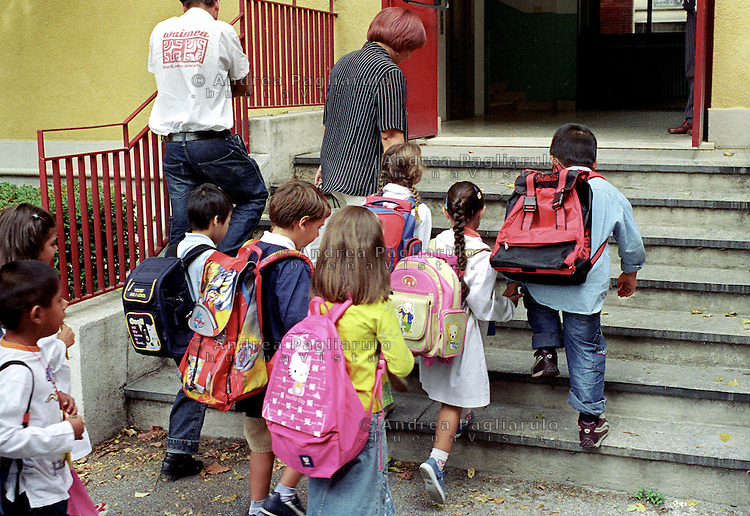 Italia, Milano, Scuola Elementare.<br /> Italy, Milan, Elementary School's classroom.