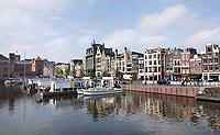 Nederland - Amsterdam - 2019. Het Damrak   Foto Berlinda van Dam / Hollandse Hoogte