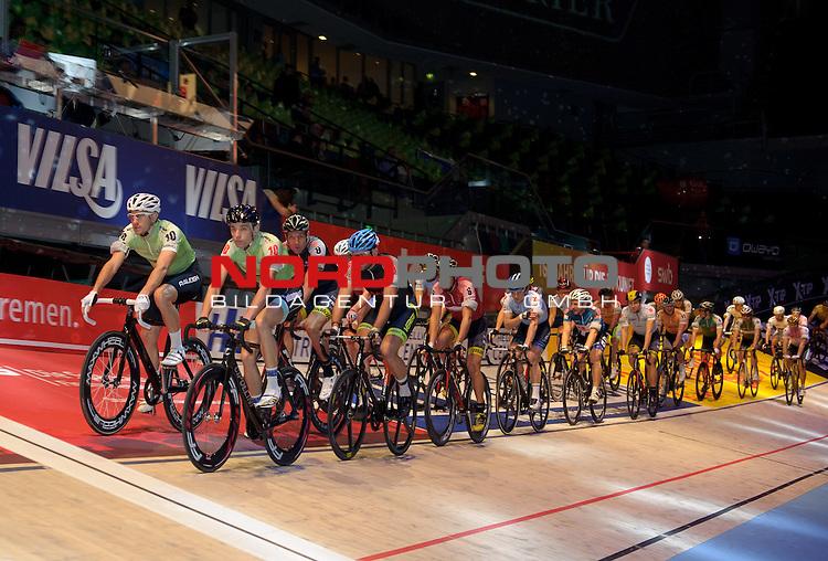 12.01.2015, &Ouml;VB Arena, Bremen, GER, Sixdays Bremen, im Bild Das Fahrerfeld der Sixdays<br /> <br /> Foto &copy; nordphoto / Frisch