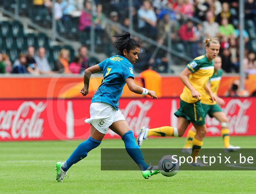 Fifa Women's World Cup Germany 2011 : Brazil - Australia  at Borussia - Park in Munchengladbach : Maurine.foto DAVID CATRY / Vrouwenteam.be
