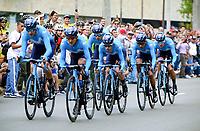 MEDELLIN - COLOMBIA, 12-02-2019: Equipo Movistar Team durante la etapa primera etapa, contrarreloj por equipos de 14 Km, como parte del Tour Colombia 2.1 2019 que se corrió por las calles de la ciudad de Medellín. / Movistar Team during the first stage,  time trial by teams of 14 km, as part of Tour Colombia 2.1 2019 that ran through the streets of Medellin.  Photo: VizzorImage / Anderson Bonilla / Cont