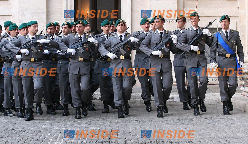 Roma, 15/05/06 Quirinale. Cerimonia di insediamento del nuovo Presidente della Repubblica Giorgio Napolitano. Nella foto la Guardia di Finanza.<br /> Photo Samantha Zucchi Insidefoto