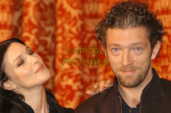 "MONICA BELLUCCI & VINCENT CASSEL.Photocall for a Frederic Schoendoerffer film ""Agents Secrets""  aka ""Secret Agents"" at Hotel St Regis, Rome, Italy, October 29th 2004.                            .portrait headshot married husband wife.Ref: LC.www.capitalpictures.com.sales@capitalpictures.com.©Luca Cavallari/Capital Pictures ."