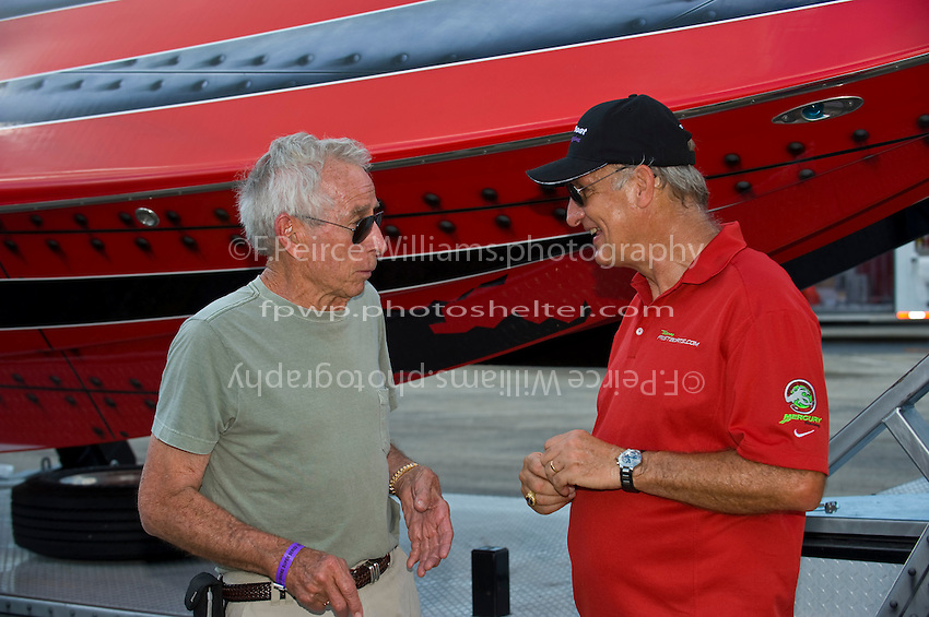 19-22 June, 2008 OSS Sunny Isles Beach.Offshore ledends Gene Lanham (L) and Richie Powers..©2008 F.Peirce Williams  .
