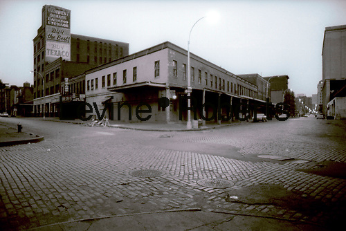 Intersection of Washington St.(R) and Little West 12th St. (L) in the Meatpacking district in 1978. Looking south on Washington Street towards lower Manhattan.  (© Richard B. Levine)