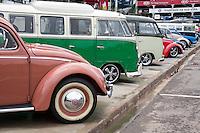 SAO PAULO, SP - 15.11.2016 - SALÃO-AUTOMÓVEL - Classicos da volkswagem expostos no Salão Internacional do Automóvel em São Paulo no expo Imigrantes na região sul da cidade de São Paulo nesta terça-feira,15. <br /> <br /> (Foto: Fabricio Bomjardim / Brazil Photo Press)