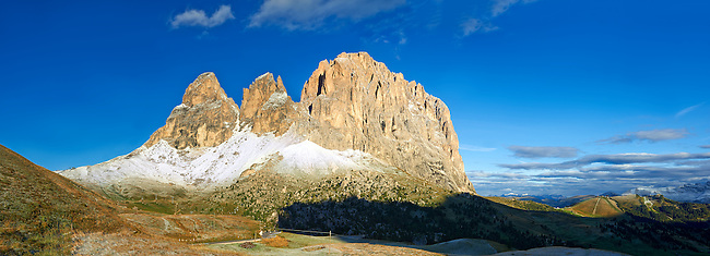 Sassolungo Mountain range, 3081m high, from the Sulla Pass between the Val Gardena and Val di Fassa, the Western Dolomites, Southern Tyrol; Trentino, Italy.