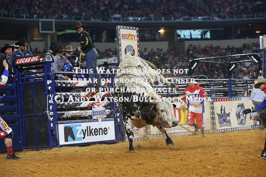 Eduardo Aparecido, Soza's Alley Cat, JD, during the RFDTV's The American Rodeo presented by Dish. Photo by Andy Watson. Photo credit must be given on all use; Photo by; Andy Watson/ Bull Stock Media