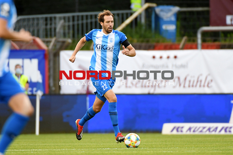 28.06.2020, Hänsch-Arena, Meppen, GER, 3.FBL, SV Meppen vs. FC Ingolstadt 04 <br /> <br /> im Bild<br /> Steffen Puttkammer (SV Meppen, 22) am Ball.<br /> <br /> DFL REGULATIONS PROHIBIT ANY USE OF PHOTOGRAPHS AS IMAGE SEQUENCES AND/OR QUASI-VIDEO<br /> <br /> Foto © nordphoto / Paetzel
