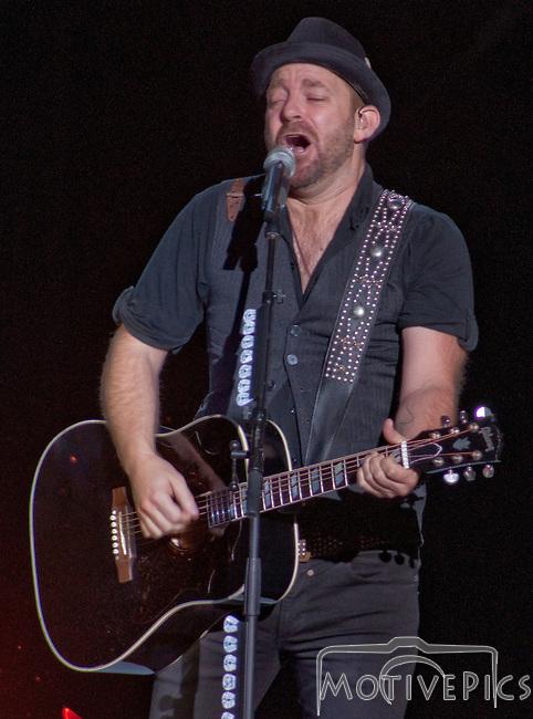 Sugarland on 10/7/2011 at Verizon Wireless Amphitheater.