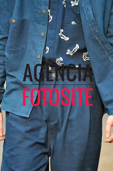 Paris, Franca &ndash; 06/2014 - Desfile de Henrik Vibskov durante a Semana de moda masculina de Paris - Verao 2015. <br /> Foto: FOTOSITE
