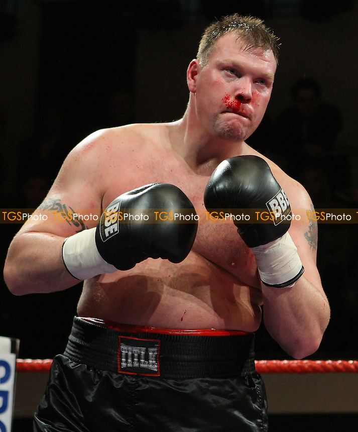 Sam Sexton (Norwich, red shorts) defeats Darren Morgan (Swansea, black shorts) in a Heavyweight contest at York Hall, Bethnal Green, promoted by Sports Network (Frank Warren) - 12/01/08 - MANDATORY CREDIT: Gavin Ellis/TGSPHOTO. Self-Billing applies where appropriate. NO UNPAID USE. Tel: 0845 094 6026
