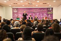 SAO PAULO, SP, 06 DE MARCO 2013 - Cerimonia Mulheres em Todos os Espacos - O Ministro da Saude Alexandre Padilha participa do ato de lancamento de parcerias celebradas com orgaos municipais e federais em comemoracao do Dia Internacional da Mulher.Local: Prefeitura de Sao Paulo - Centro de Sao Paulo/SP .(FOTO: POLINE LYS / BRAZIL PHOTO PRESS).