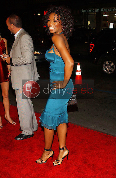 Vanessa Williams<br />at the premiere of &quot;Blood Diamond&quot;. Grauman's Chinese Theatre, Hollywood, CA. 12-06-06<br />Dave Edwards/DailyCeleb.com 818-249-4998