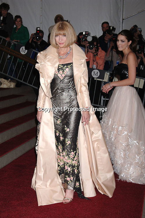 Anna Wintour and daughter Bea Schaffer ..arriving to the Costume Institute Gala celebrating AngloMania on May 1, 2006 at The Metropolitan Museum of ..Art. ..Robin Platzer, Twin Images..