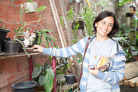 ATENCAO EDITOR: FOTO EMBARGADA PARA VEICULOS INTERNACIONAIS<br /> SAO PAULO, SP, 25 SETEMBRO 2012 - A candidata a prefeitura de Sao Paulo Soninha Francine caminhada na Casa Verde e cafe com lideres da Comunidade Agreste e Comunidade Beira Mar - Zona Norte - Sao Paulo-SP <br /> FOTO: POLINE LYS - BRAZIL PHOTO PRESS