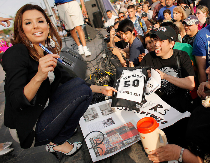 Actress Eva Longoria Parker, who's sister is a special needs adult, greets fans after speaking during opening ceremonies for Morgan's Wonderland, Saturday, April 10, 2010, in San Antonio. Morgan's Wonderland is the first and only entertainment park in the world designed and built especially for special needs children as well as adults. (Darren Abate/pressphotointl.com)