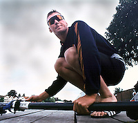Henley, United Kingdom, Matt PINSENT Leander Club, Holds the boat 03.07.2000. [Mandatory Credit. Peter Spurrier/Intersport Images]