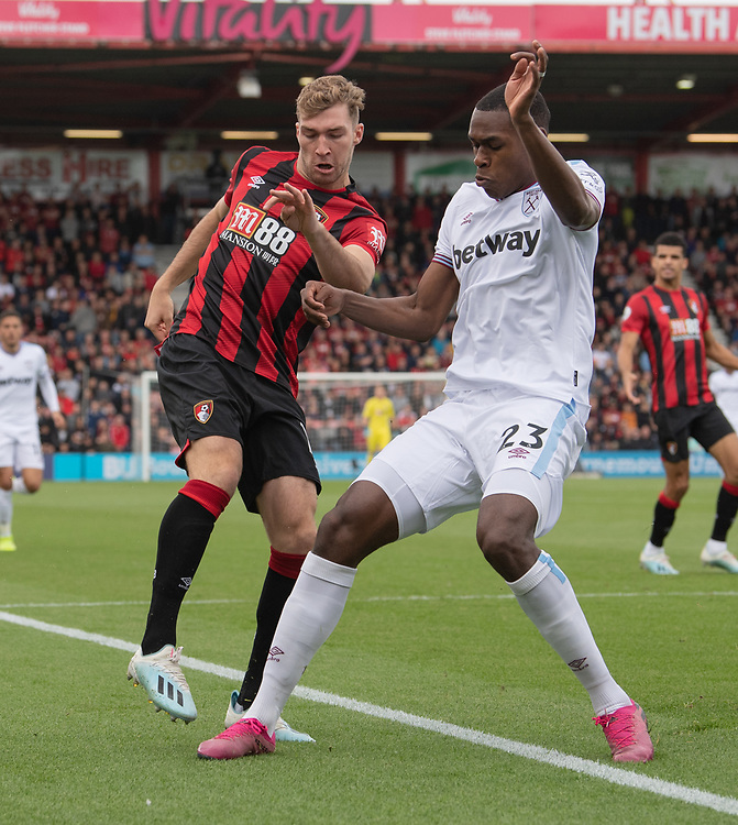 Bournemouth's Jack Stacey (left) battles with  West Ham United's Issa Diop (right) <br /> <br /> Photographer David Horton/CameraSport<br /> <br /> The Premier League - Bournemouth v West Ham United - Saturday 28th September 2019 - Vitality Stadium - Bournemouth<br /> <br /> World Copyright © 2019 CameraSport. All rights reserved. 43 Linden Ave. Countesthorpe. Leicester. England. LE8 5PG - Tel: +44 (0) 116 277 4147 - admin@camerasport.com - www.camerasport.com