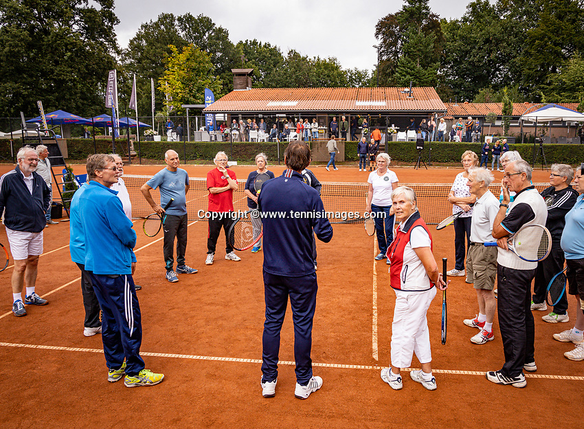 Oldenzaal, Netherlands, August 15, 2019, TC Ready, Old Stars Program, with Tom Okker and Sjaak Swart<br /> Photo: Tennisimages/Henk Koster