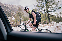 vélo-tourist (and former Roubaix winner!) Stuart O'Gready (AUS) up the gravel roads of the Colle delle Finestre <br /> <br /> stage 19: Venaria Reale - Bardonecchia (184km)<br /> 101th Giro d'Italia 2018