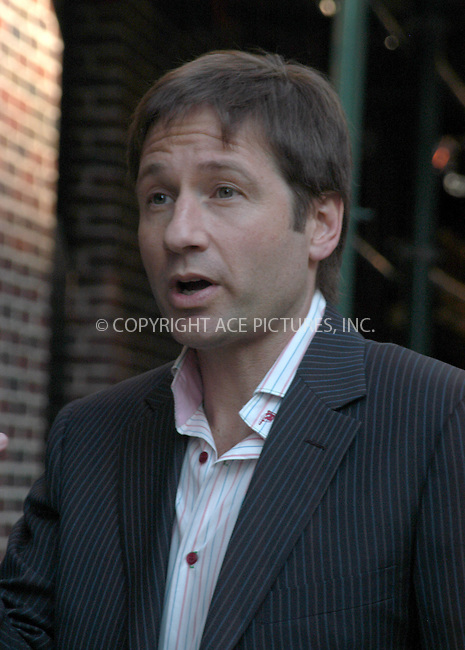 WWW.ACEPIXS.COM . . . . . ....NEW YORK, APRIL 13, 2005....David Duchovny arrives for an appearance on The Late Show with David Letterman.....Please byline: KRISTIN CALLAHAN - ACE PICTURES.. . . . . . ..Ace Pictures, Inc:  ..Craig Ashby (212) 243-8787..e-mail: picturedesk@acepixs.com..web: http://www.acepixs.com