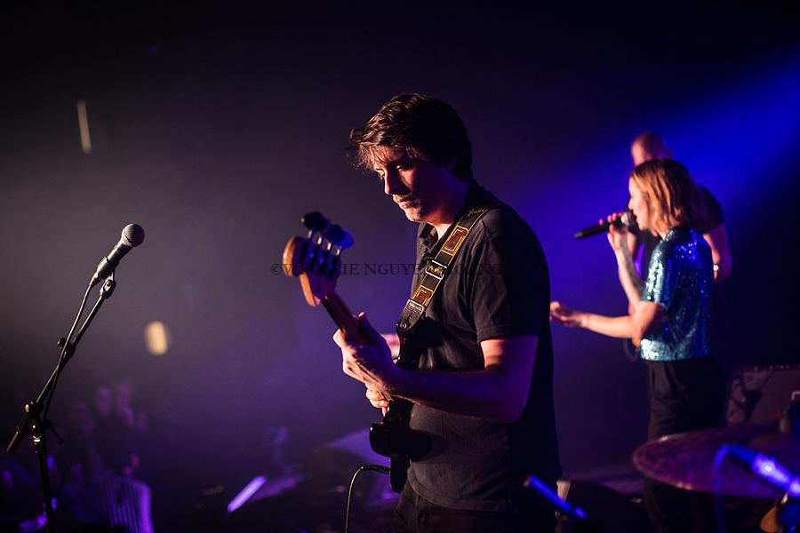 Perwez, Belgique: François, bassiste du groupe Sonnfjord, lors d'un concert en première partie du concert de Konoba à la salle Perwex, le 23 février 2018.