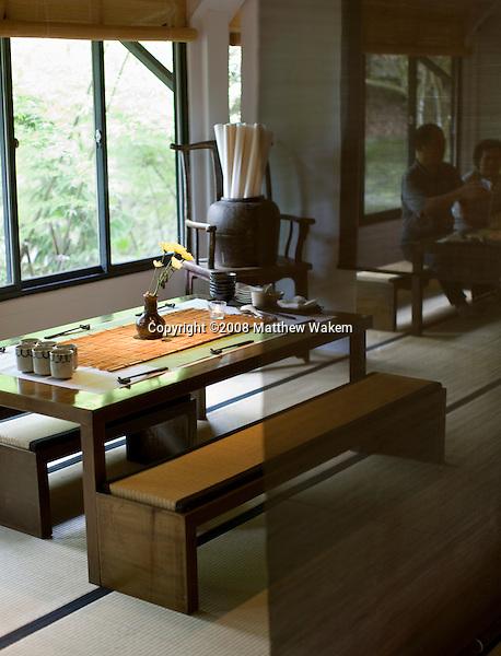 A table setting at Shiyang Shanfang restaurant, Yangmingshan National Park. Taiwan. Asia..