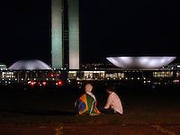 BRAS&Iacute;LIA, DF 17 DE JUNHO 2013. MANIFESTA&Ccedil;&Atilde;O EM BRAS&Iacute;LIA - Uma grande manifesta&ccedil;&atilde;o invadiram o Congresso Nacional e manifestantes entraram no lago nessa noite de segunda feira (17).<br /> FOTO RONALDO BRAND&Atilde;O / BRAZIL PHOTO PRESS