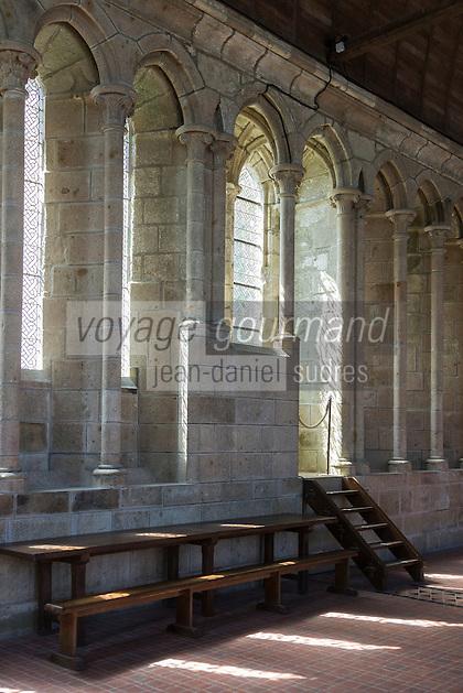 Europe/France/Normandie/Basse-Normandie/50/Manche: Baie du Mont Saint-Michel, classée Patrimoine Mondial de l'UNESCO, Le Mont Saint-Michel: le réfectoire de l'abbaye // Europe/France/Normandie/Basse-Normndie/50/Manche: Bay of Mont Saint Michel, listed as World Heritage by UNESCO,  The Mont Saint-Michel: Abbey, Refectory<br /> <br />