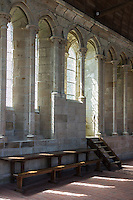 Europe/France/Normandie/Basse-Normandie/50/Manche: Baie du Mont Saint-Michel, classée Patrimoine Mondial de l'UNESCO, Le Mont Saint-Michel: le réfectoire de l'abbaye // Europe/France/Normandie/Basse-Normndie/50/Manche: Bay of Mont Saint Michel, listed as World Heritage by UNESCO,  The Mont Saint-Michel: Abbey, Refectory<br /> <br />