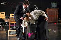 """Probe des Theaterstueck """"ROSA- UND DIE FREIHEIT DER ANDERSDENKENDEN"""" der Dramaturgin Barbara Kastner.<br /> Regie: Anja Panse.<br /> Darsteller:<br /> Rosa Luxemburg: Susanne Jansen (rechts im Bild).<br /> Ernst Julius Waldemar Pabst, Kaiser Wilhelm III, u.a.: Lutz Wessel.<br /> Leutnant, Bundesverteidigungsminsiterin, u.a.: Arne van Dorsten (links im Bild).<br /> Musikerin, Sophie Lieberknecht: Annegret Enderle.<br /> 22.5.2017, Berlin<br /> Copyright: Christian-Ditsch.de<br /> [Inhaltsveraendernde Manipulation des Fotos nur nach ausdruecklicher Genehmigung des Fotografen. Vereinbarungen ueber Abtretung von Persoenlichkeitsrechten/Model Release der abgebildeten Person/Personen liegen nicht vor. NO MODEL RELEASE! Nur fuer Redaktionelle Zwecke. Don't publish without copyright Christian-Ditsch.de, Veroeffentlichung nur mit Fotografennennung, sowie gegen Honorar, MwSt. und Beleg. Konto: I N G - D i B a, IBAN DE58500105175400192269, BIC INGDDEFFXXX, Kontakt: post@christian-ditsch.de<br /> Bei der Bearbeitung der Dateiinformationen darf die Urheberkennzeichnung in den EXIF- und  IPTC-Daten nicht entfernt werden, diese sind in digitalen Medien nach §95c UrhG rechtlich geschuetzt. Der Urhebervermerk wird gemaess §13 UrhG verlangt.]"""