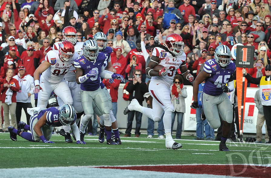 NWA Democrat-Gazette/MICHAEL WOODS • @NWAMICHAELW<br /> University of Arkansas running back Alex Collins (3) scores a touchdown in the 2nd quarter of the Razorbacks 45-23 win over Kansas State in the 57th annual AutoZone Liberty Bowl January 2, 2016.