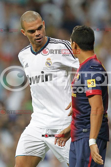Real Madrid's Pepe and F.C. Barcelona's Alexis Sanchez during Spanish Supercup 2nd match on august 29 2012...Photo: Cesar Cebolla / ALFAQUI /NortePhoto.com<br /> <br /> **CREDITO*OBLIGATORIO** <br /> *No*Venta*A*Terceros*<br /> *No*Sale*So*third*<br /> *** No*Se*Permite*Hacer*Archivo**<br /> *No*Sale*So*third*