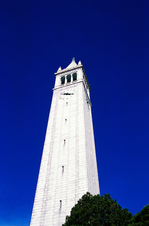 California, Berkeley: The Campanile at the University of California, Berkeley..Photo #: 34-casanf414.Photo © Lee Foster 2008