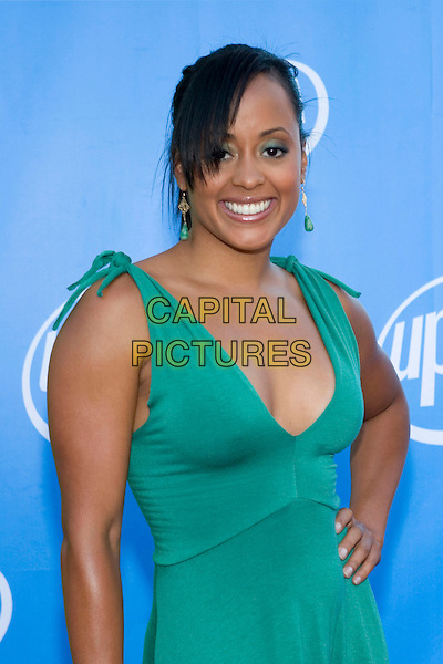 ESSENCE ATKINS.UPN Summer Press Tour Party .Paramount Studios.Los Angeles, 21st July 2005.half length half-length turquoise v-neck dress earrings eye contact.www.capitalpictures.com.sales@capitalpictures.com.© Capital Pictures.