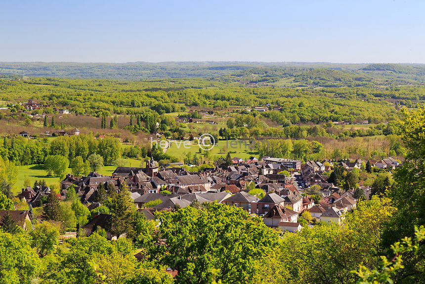 France, Correze, Meyssac, the village  (aerial view) // France, Corrèze (19), Meyssac, le village (vue aérienne)