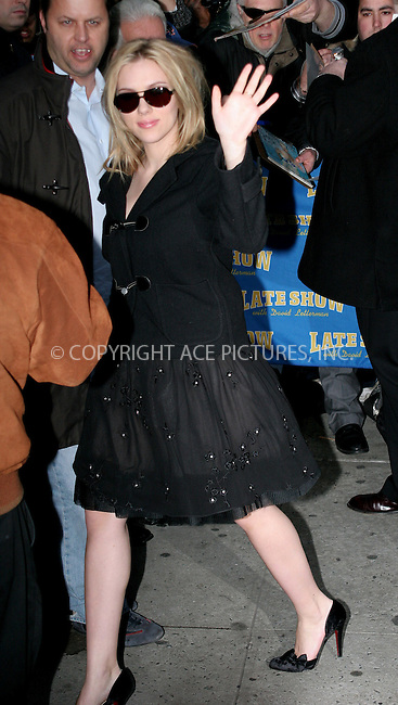 WWW.ACEPIXS.COM . . . . .  ....NEW YORK, JANUARY 10 2006....Scarlett Johansson arriving for an appearance at the David Letterman Show.....Please byline: NANCY RIVERA- ACE PICTURES.... *** ***..Ace Pictures, Inc:  ..Craig Ashby (212) 243-8787..e-mail: picturedesk@acepixs.com..web: http://www.acepixs.com