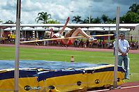 BRASÍLIA, DF, 30.11.2013 – GYMNASIADE 2013 – JOGOS MUNDIAIS ESCOLARES – Semi-final do salto em altura feminino nos Jogos Mundiais Escolares, neste sábado, 30. Os jogos reúnem cerca de 40 países e mais de mil estudantes/atletas entre os dias 28 de novembro a 3 de dezembro em Brasília. (Foto: Ricardo Botelho / Brazil Photo Press).