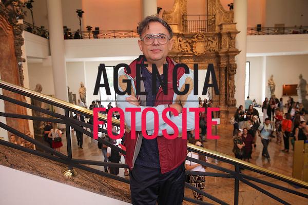 Paulo Borges<br /> <br /> <br /> Reinaldo Louren&ccedil;o<br /> <br /> S&atilde;o Paulo Fashion Week- Ver&atilde;o 2016<br /> Abril/2015<br /> <br /> foto: Midori de Lucca/ Ag&ecirc;ncia Fotosite