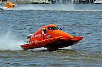Gary Barber (#20) SST-45 class.Bay City River Roar, Bay City,Michigan USA.26-2821 June, 2009..©F. Peirce Williams 2009 USA.F.Peirce Williams.photography.ref: RAW (.NEF) File Available