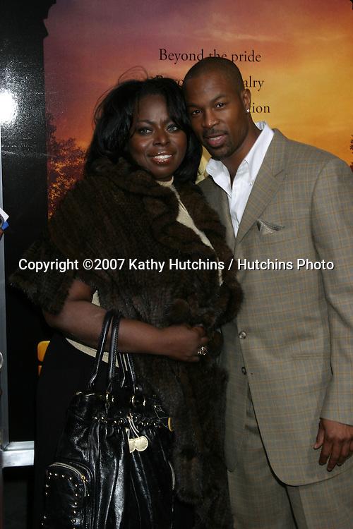 "Angie Stone & Darrin Henson.""Stomp the Yard"" Premiere.ArcLight Theaters.Los Angeles,  CA.January 8, 2007.©2007 Kathy Hutchins / Hutchins Photo...."