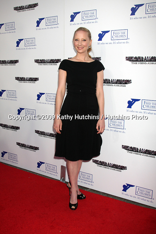 Anne Heche arriving at the 2009 Hero Awards at the Universal Backlot  in Los Angeles, CA  on May 29, 2009 .©2009 Kathy Hutchins / Hutchins Photo..