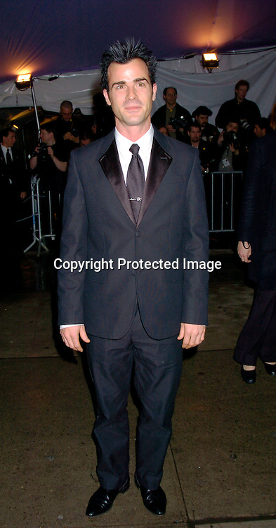 Justin Theroux ..at The Costume Institute Gala of the Metropolitan Museum of Art on april 26, 2004 ...Photo by Robin Platzer, Twin Images