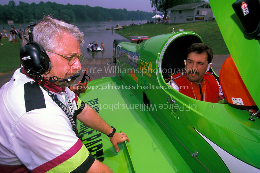 Wyatt Nelson (#39) and crew chief Bill Hesson,  (SST-120 class) Augusta, GA 1998