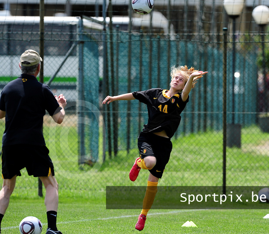 European Women's Under - 19 Championship 2011 Italy :  Belgium U19 training session at San Zaccaria : Silke Demeyere..foto DAVID CATRY / VROUWENTEAM.BE